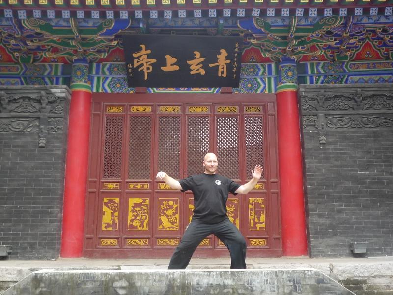 Heilpraktiker Seibold (Bremen)im daoistischen Louguantai - Tempel auf dem Spuren Laotzi`s