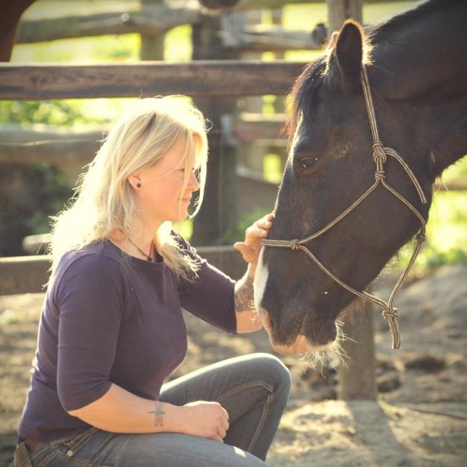 Tanja von Salzen, Pferdeschule Equus Caballus, Rhade